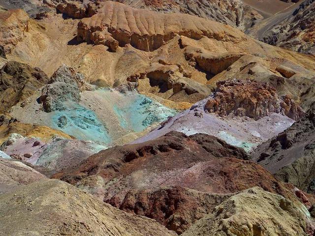 Minerals - ionisch kolloidal